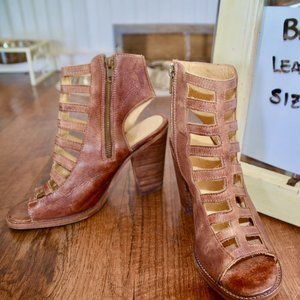 Bed  Stu Leather Booties